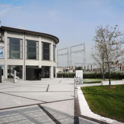 Enel SpA piazzale esterno